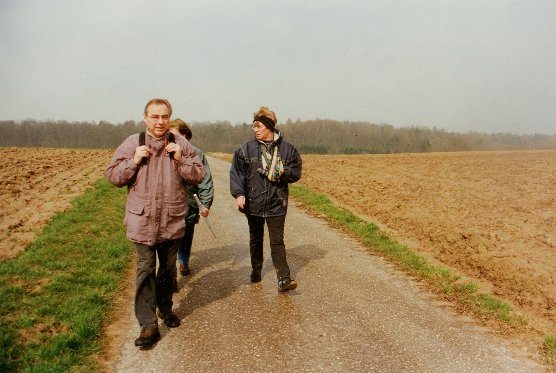 2001_03_28 Strombergwanderung, Auf Schusters Rappen