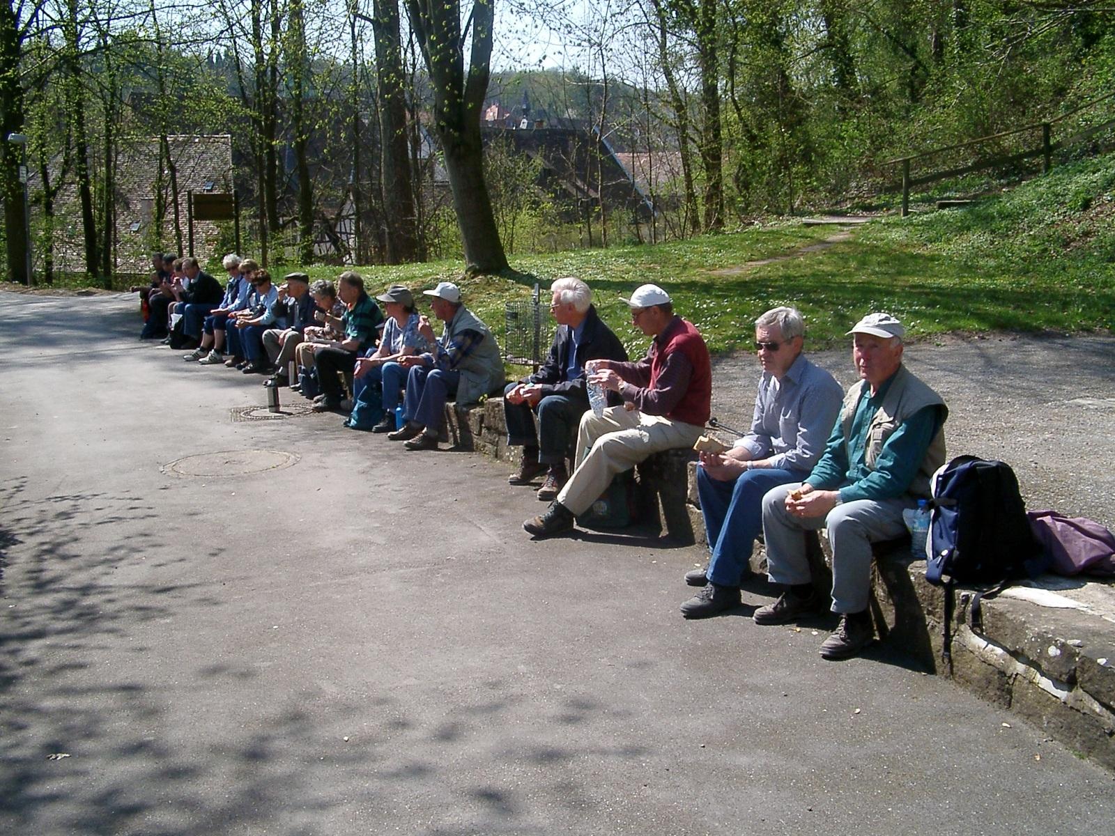 2003_04_16-Maulbronn, Aalkistensee