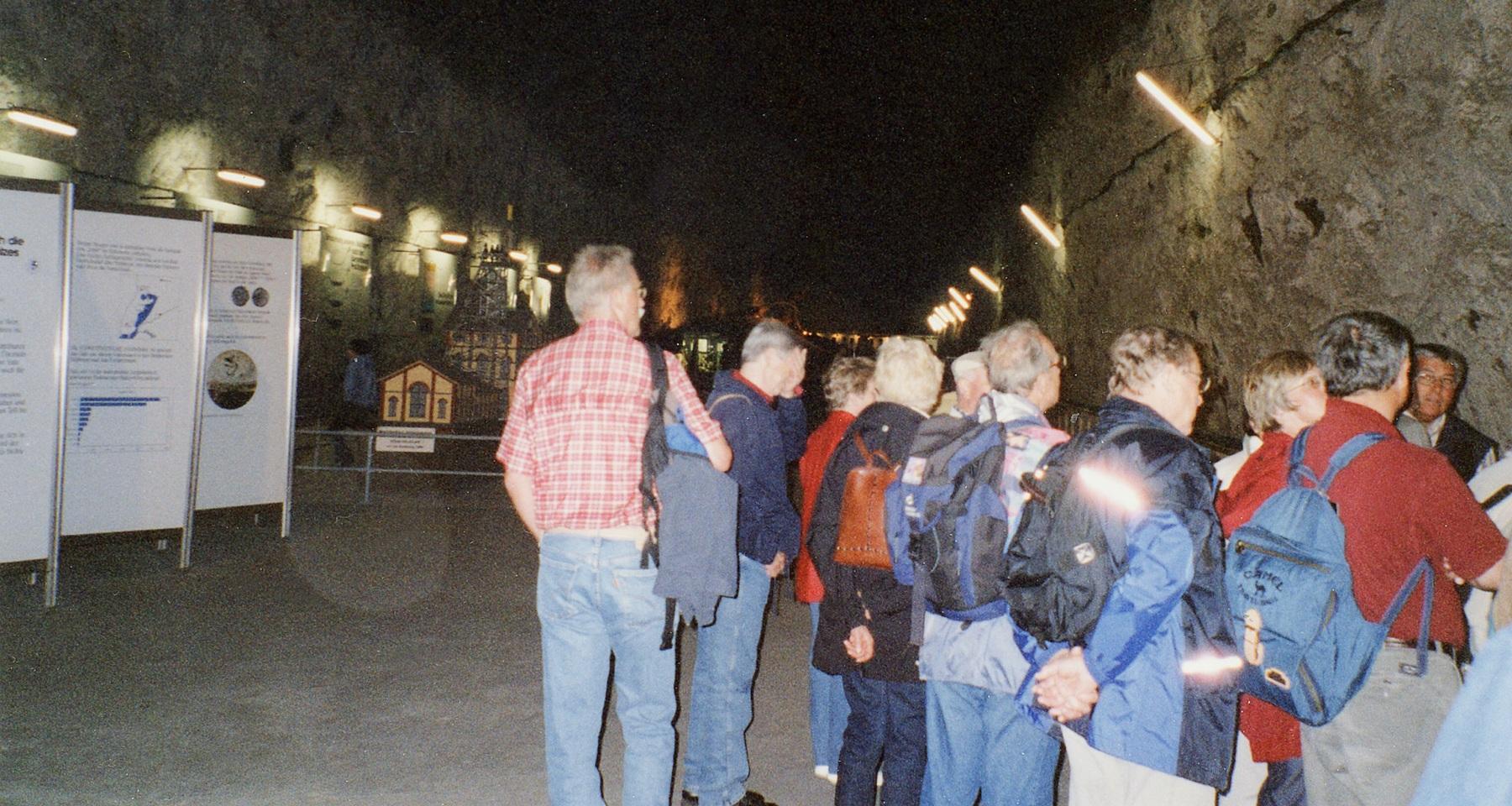 2004_06_02 Bad Friedrichshall, Eingang Salzbergwerk