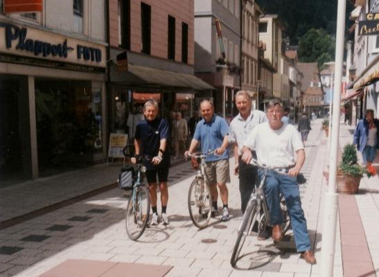 2001_07_11 Pforzheim-Bad Wildbad, Auf dem Enztalradweg